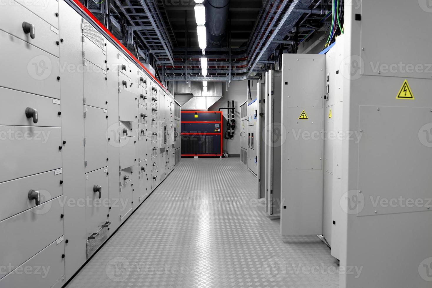 Kontrollraum eines Kraftwerks foto