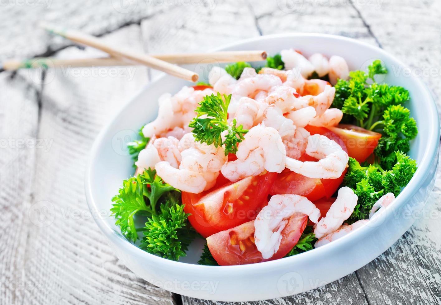 Salat mit Garnelen foto