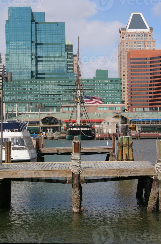alt und neu - Baltimore Innenhafen Nord foto