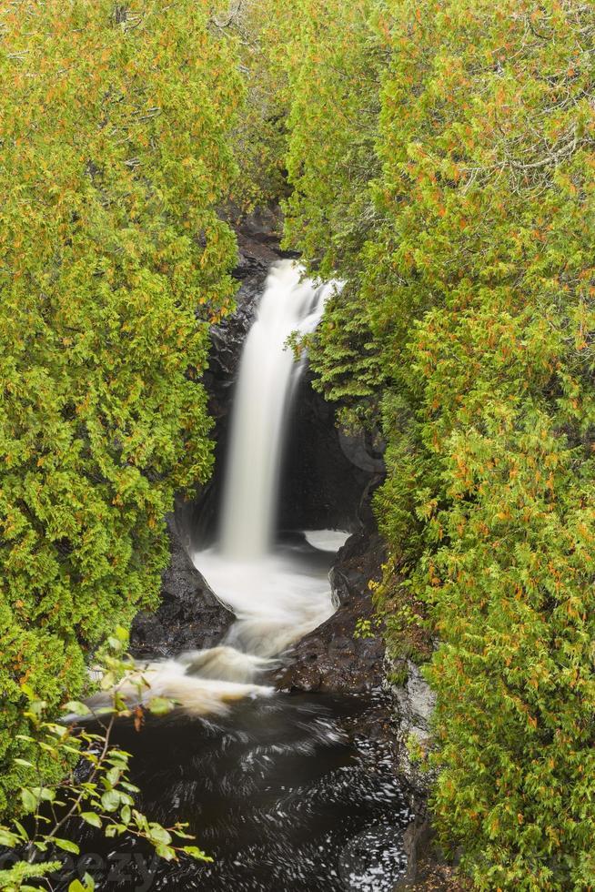 Kaskadenfluss Wasserfall foto