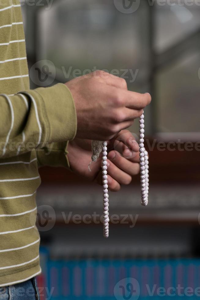 Gebet mit Rosenkranz foto