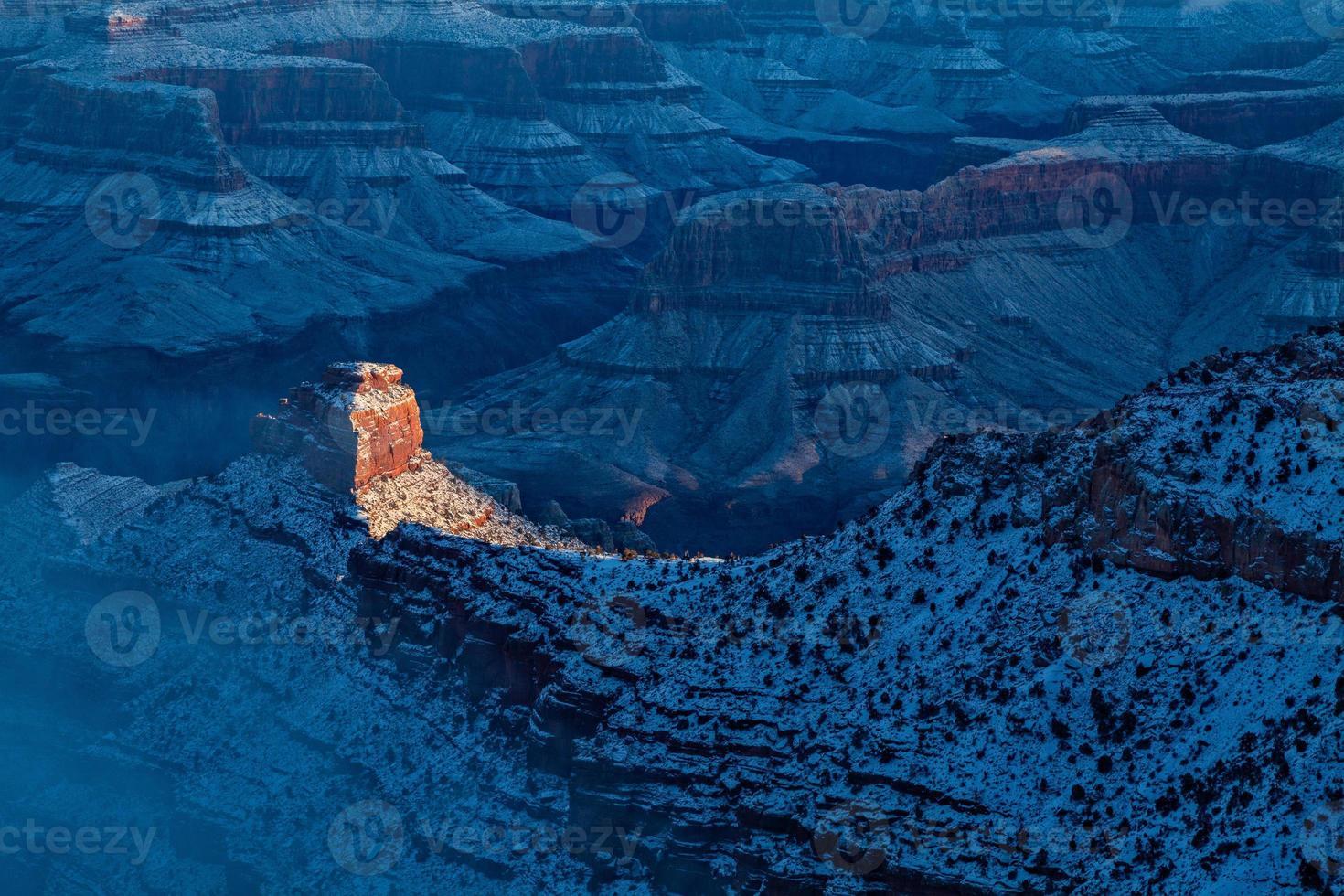 Wintersonnenaufgang am Grand Canyon foto