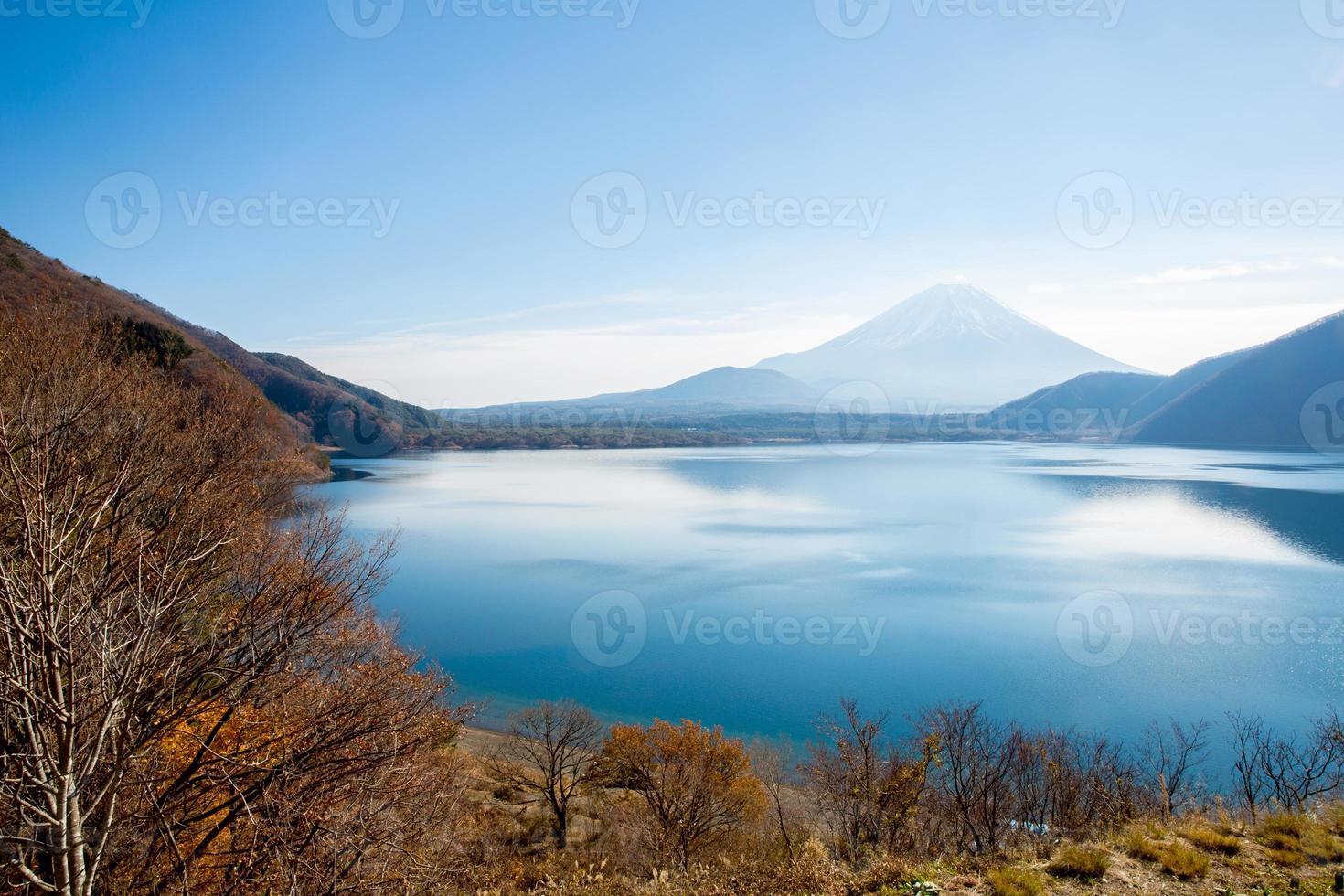 Mount Fuji bei Motosu Japan foto