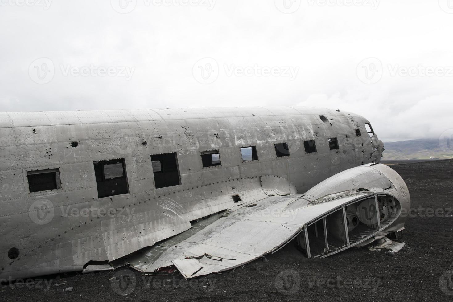 abgestürztes Flugzeug, Douglas DC3, Island foto