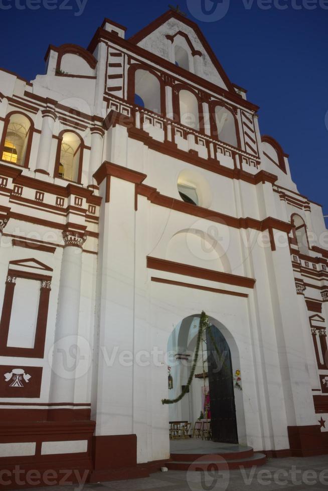 Kirche von Santo Domingo Guzman foto