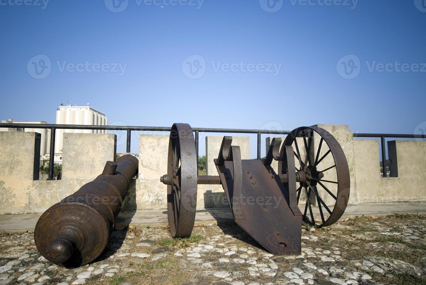 Kanonen der Dominikanischen Republik Santo Domingo auf Las Damas foto