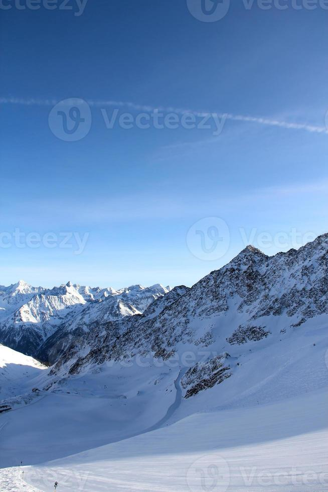 Skilift in den Bergen foto