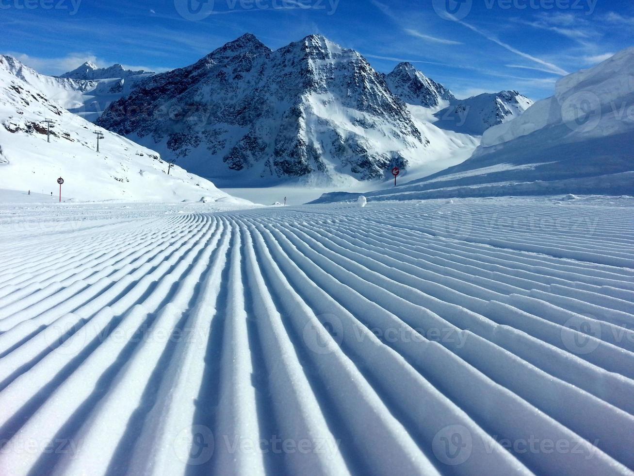 spuren im schnee foto