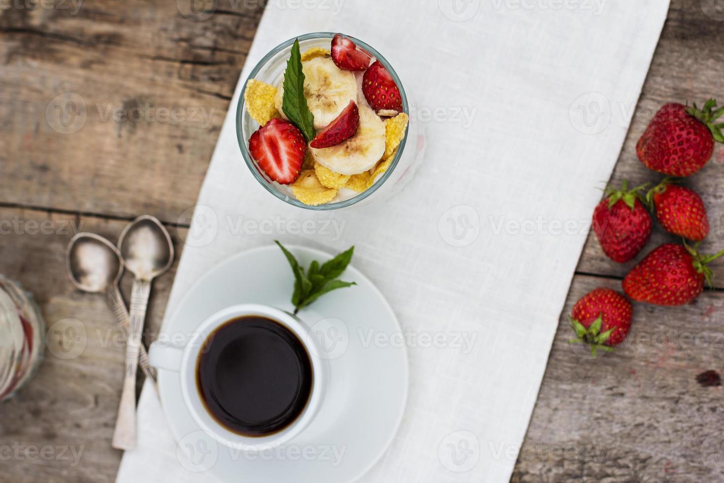 Kaffee und Dessert foto