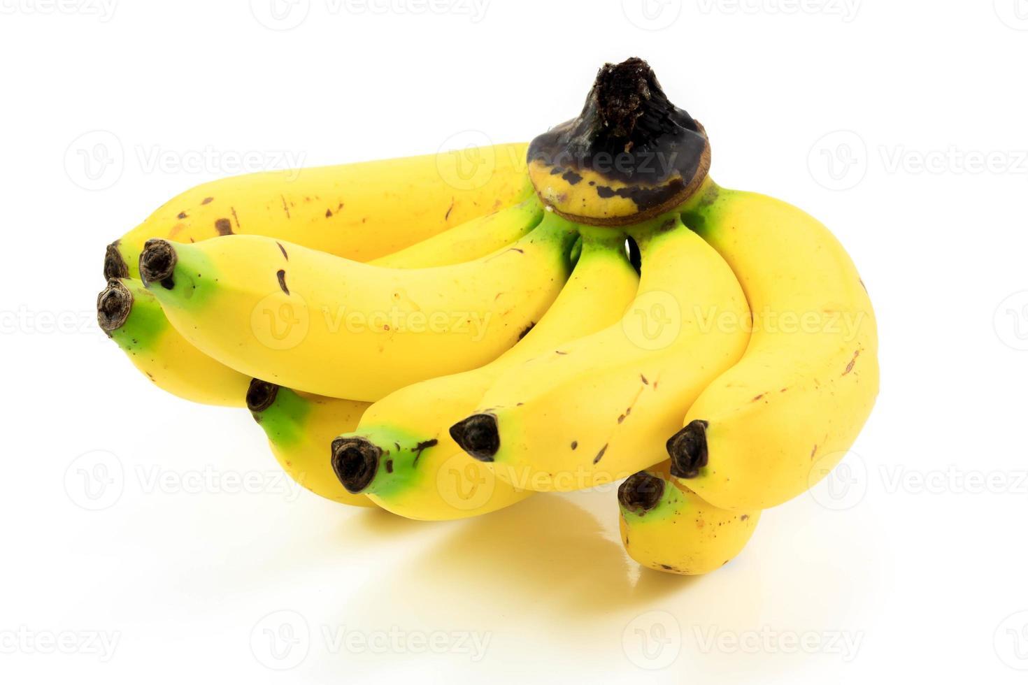 Banane auf weißem Hintergrund. foto