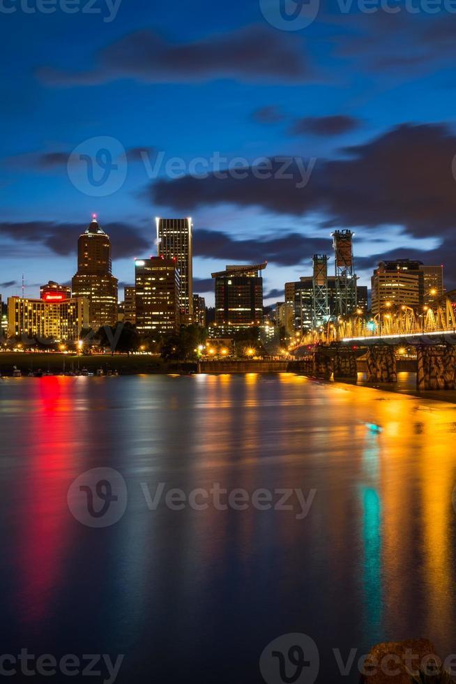 Portland Oregon in der Nacht foto