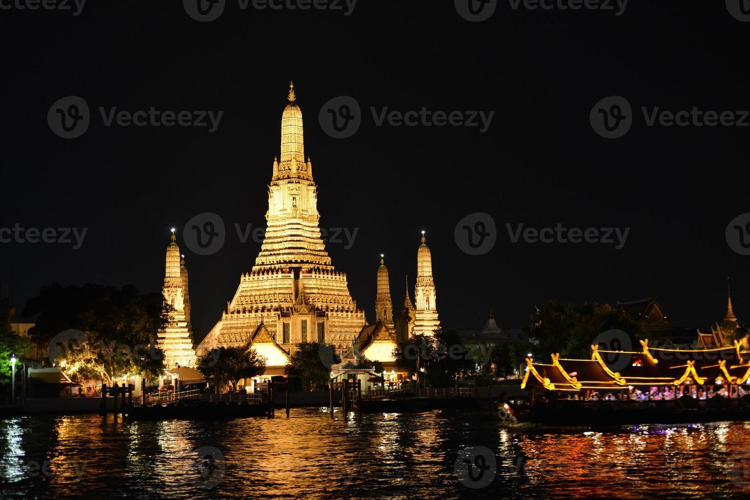 wat arun - bangkok, thailand foto