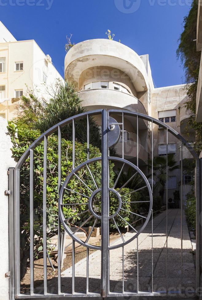 Fassade eines der Bauhausgebäude. Tel Aviv. Israel. foto