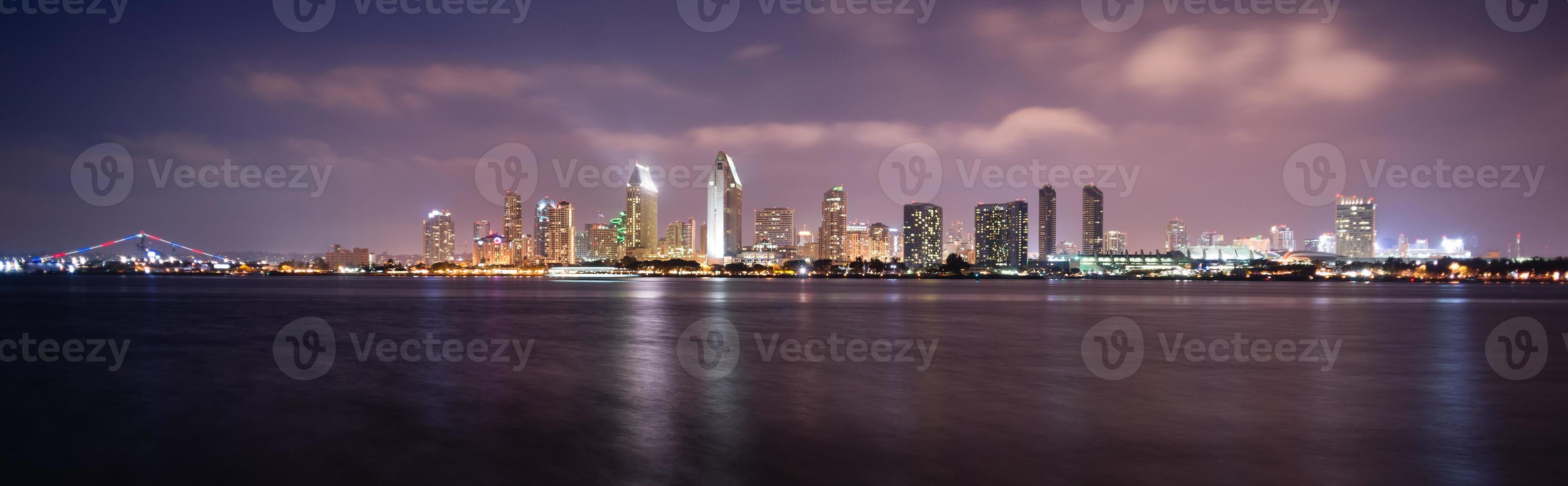 spät in der Nacht Coronado San Diego Bay Innenstadt Skyline Skyline foto