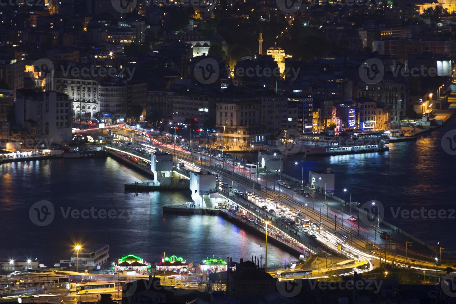 Istanbul Bosporus und Galata Brücke foto