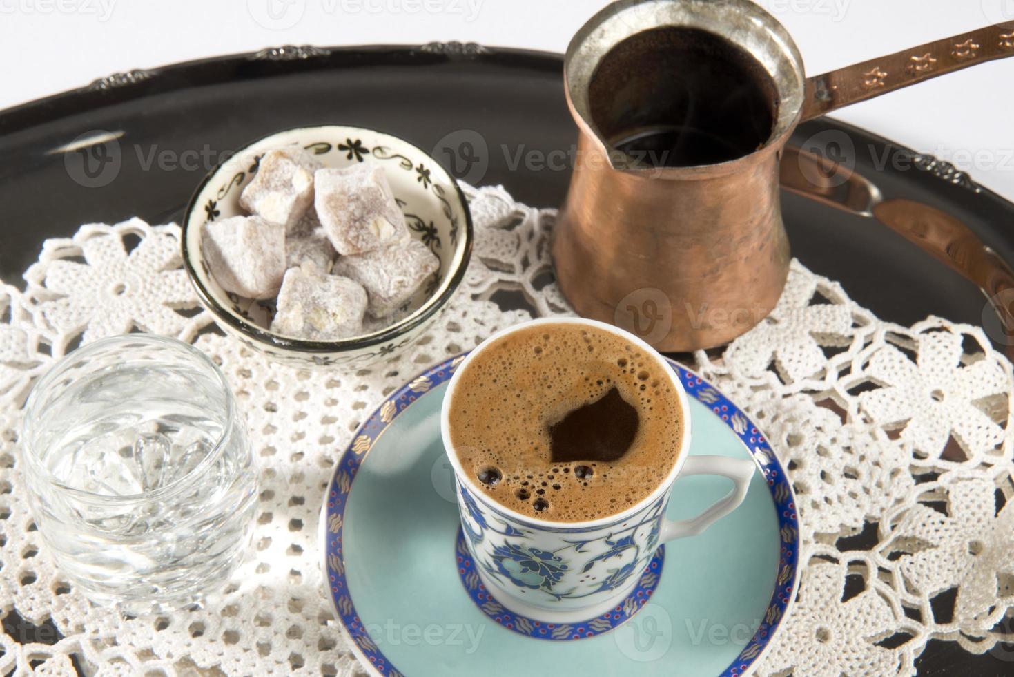 türkischer Kaffee und türkischer Genuss foto