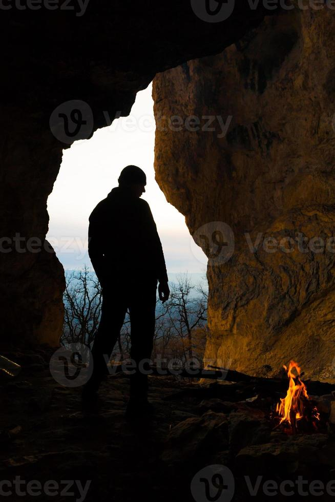 Mann Großsegel und Höhlen foto