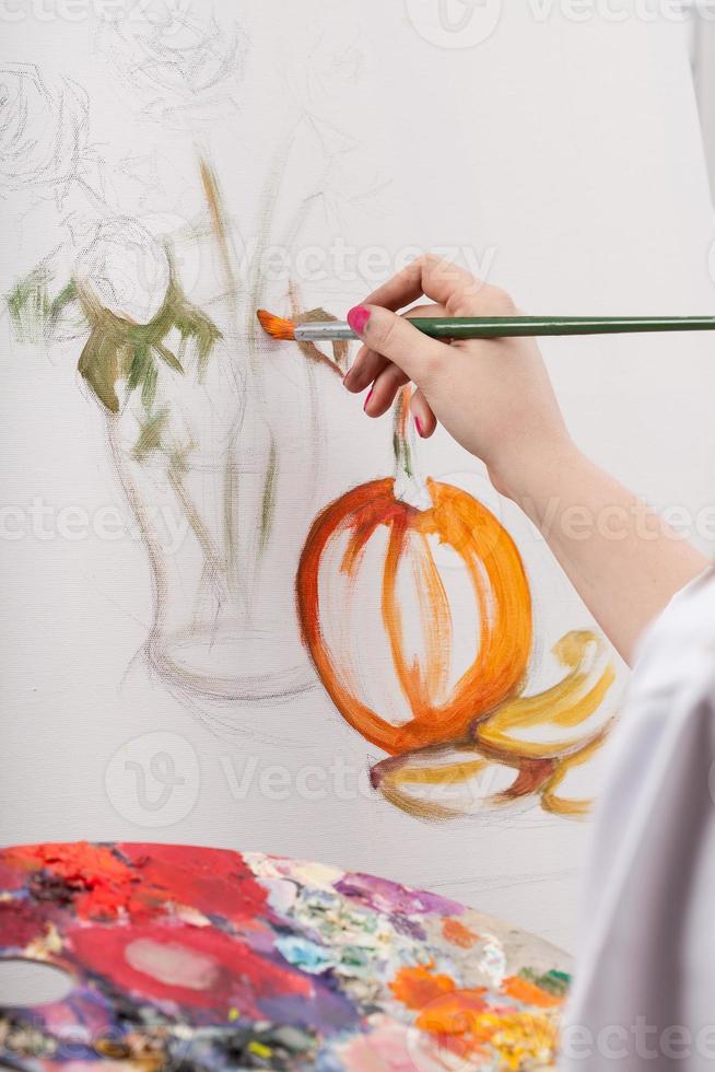 Frau gemaltes Stillleben foto