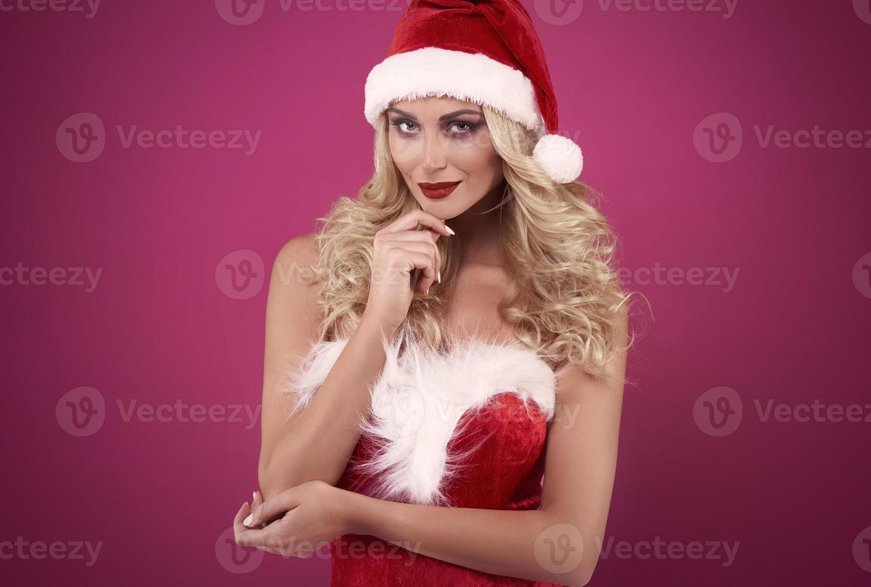 charmante weibliche st. Klaus mit roten Lippen foto