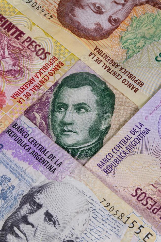verschiedene Banknoten aus Argentinien foto