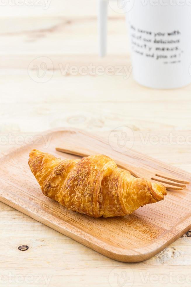 frisches Croissant. foto