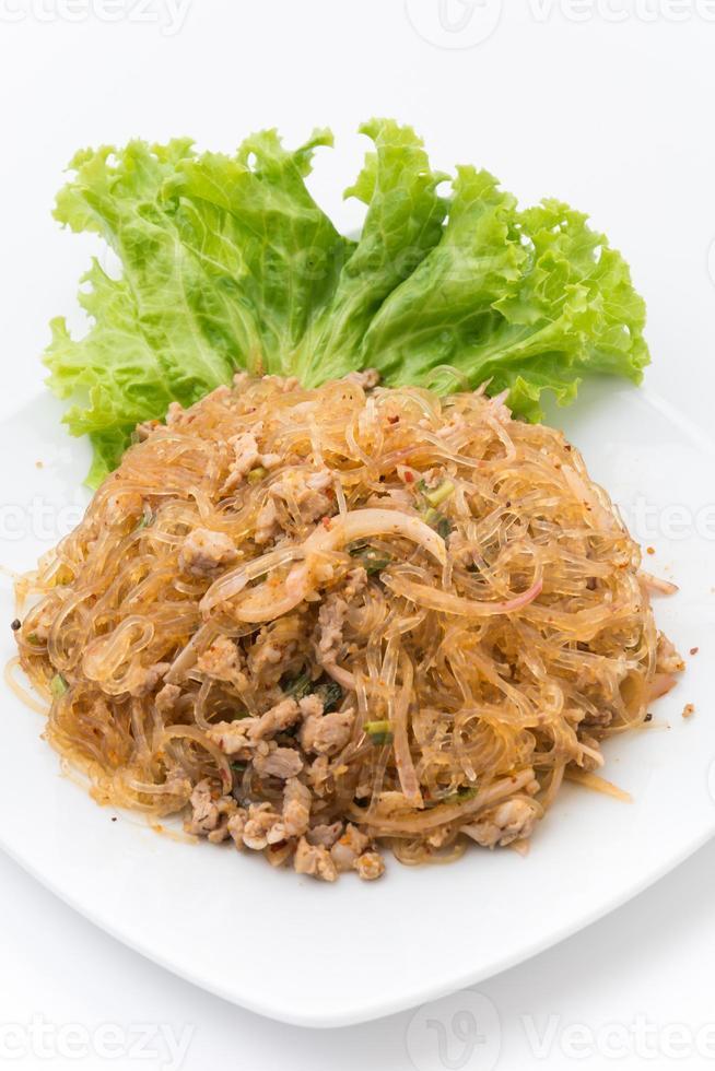 Larb Fadennudeln oder würzige Fadennudeln. Traditionelles thailändisches Essen foto