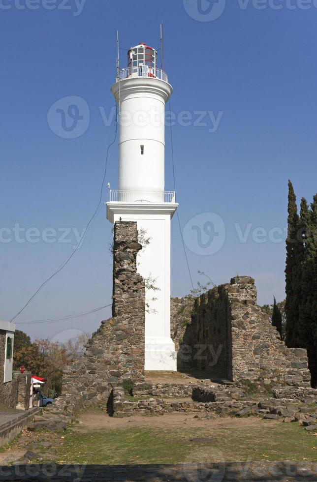 Leuchtturm und blauer Himmel in Kolonien, Uruguay foto