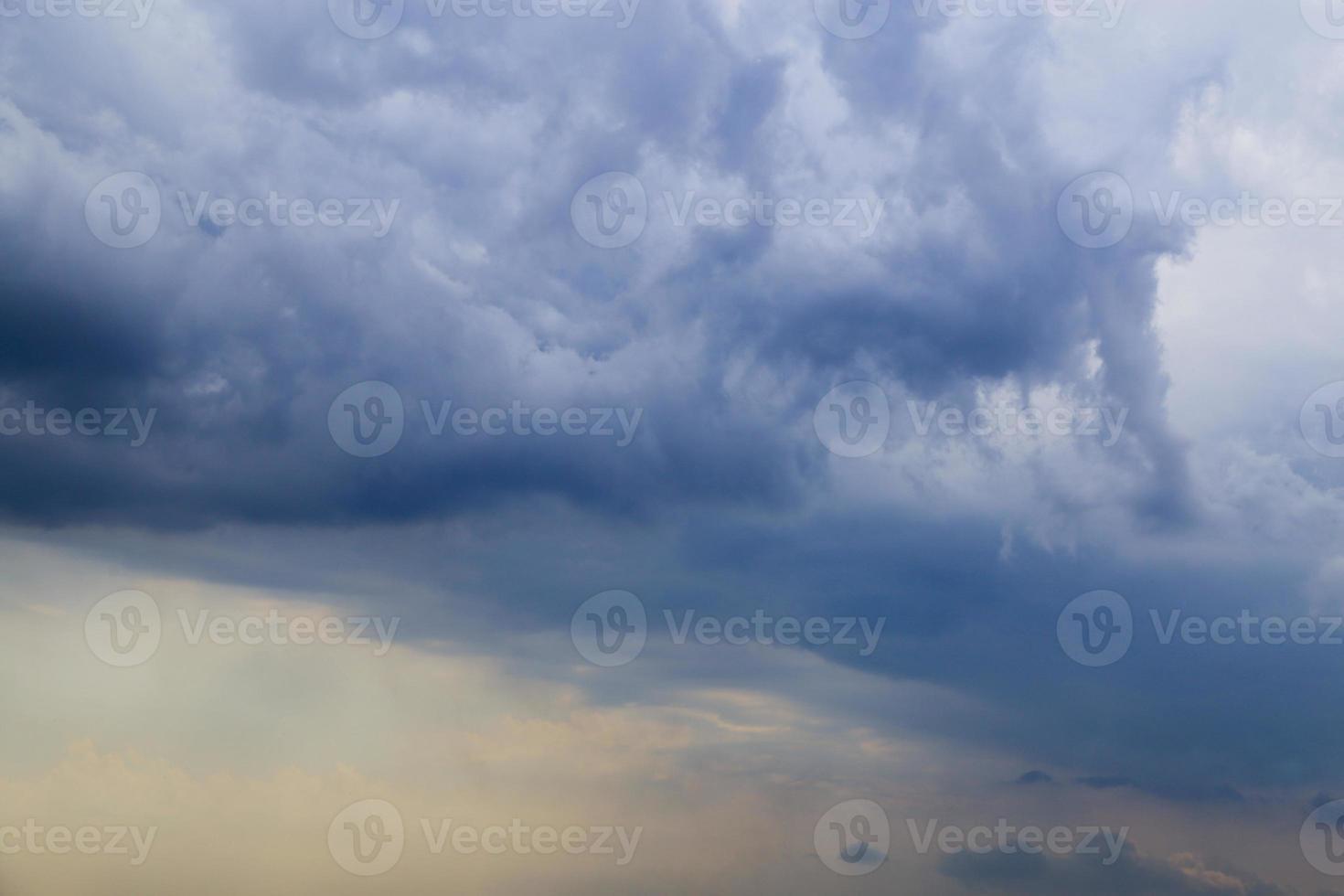 gotische Wolken, schlechtes Wetter, foto