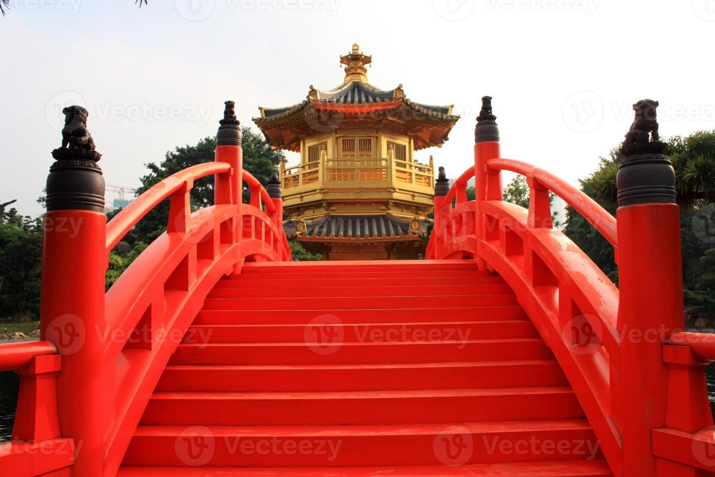 goldener pavillon in hong kong foto