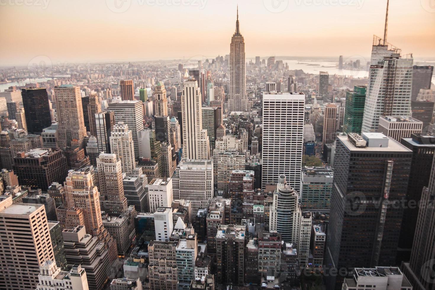 Sonnenuntergang über Manhattan, NY foto