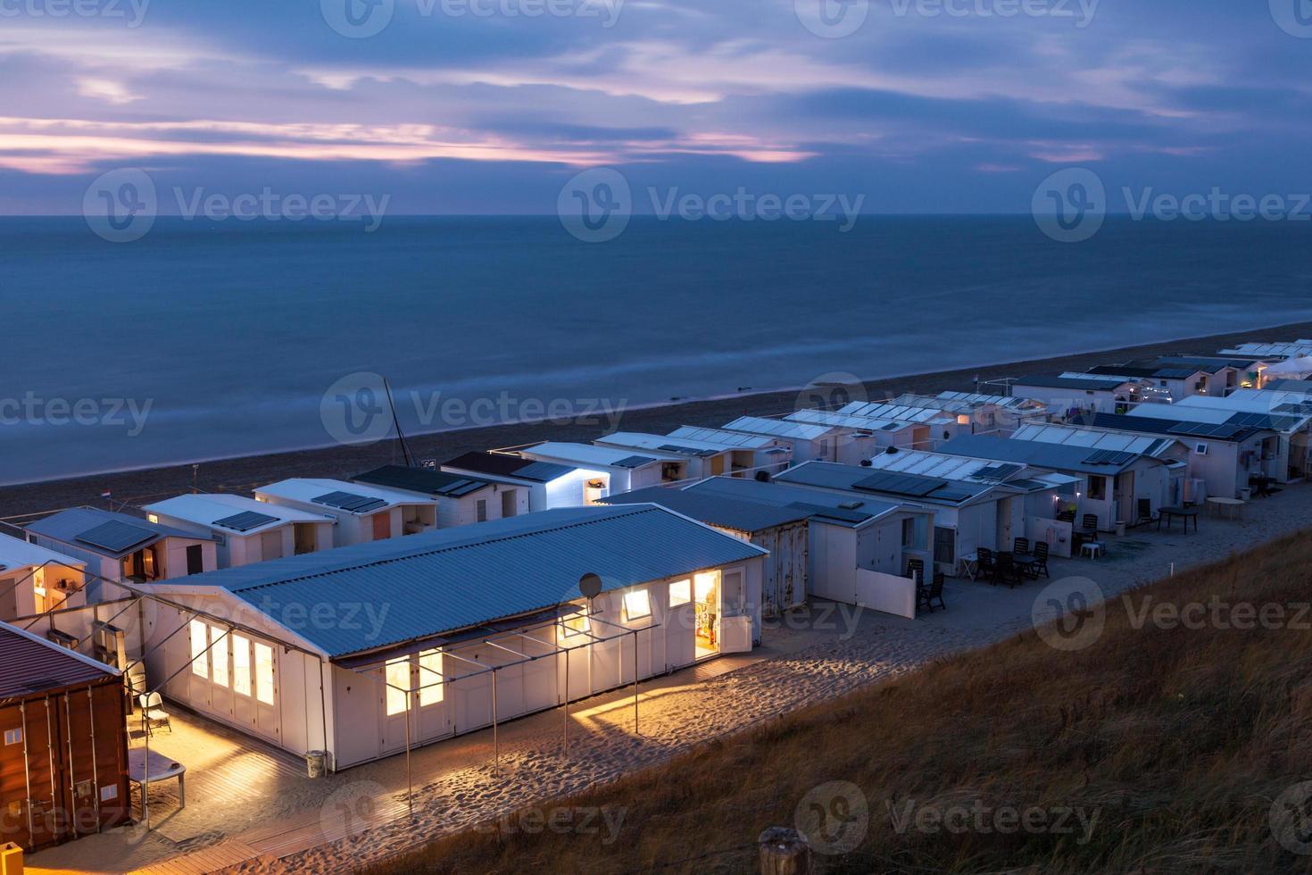 Wohnwagensiedlung am Strand foto
