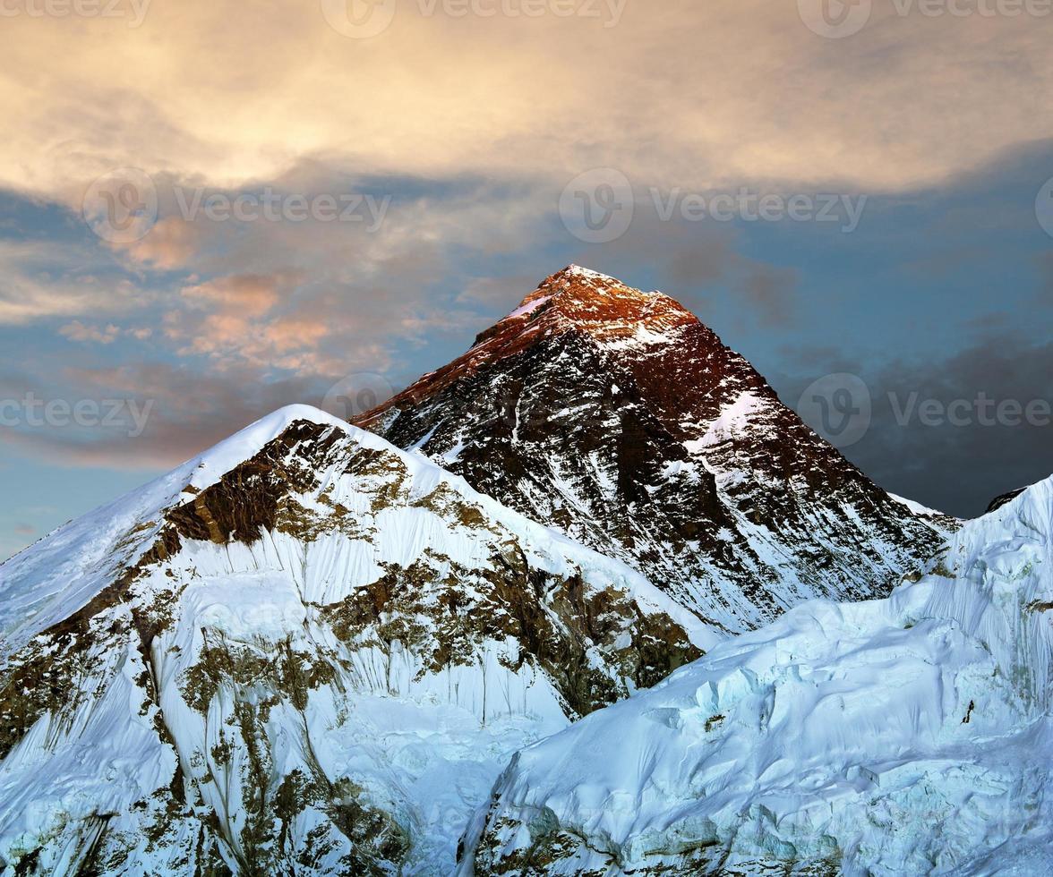 Abendansicht des Everest von Kala Patthar foto