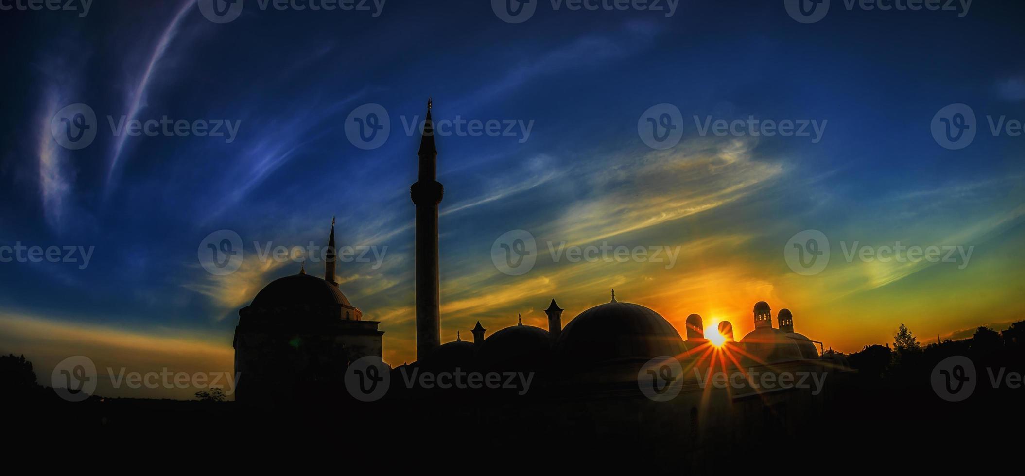 Sonnenuntergang in historischen Stätten foto