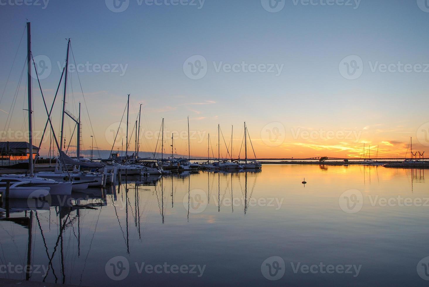 kleiner Blick auf den Hafen foto