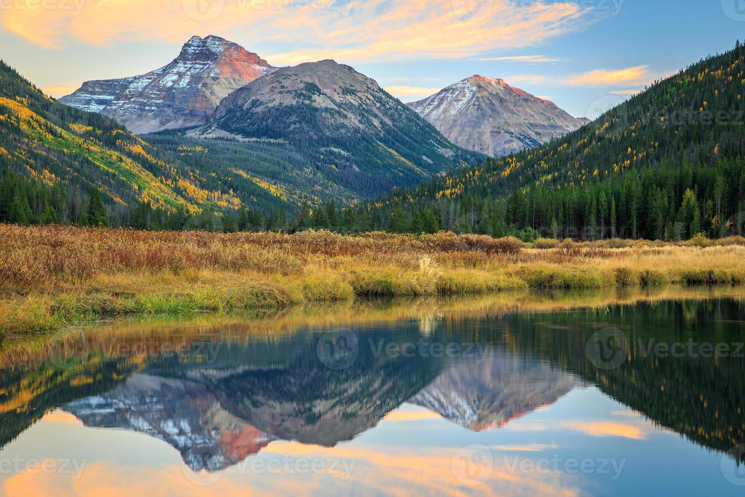 Sonnenuntergang auf Ostler Peak. foto