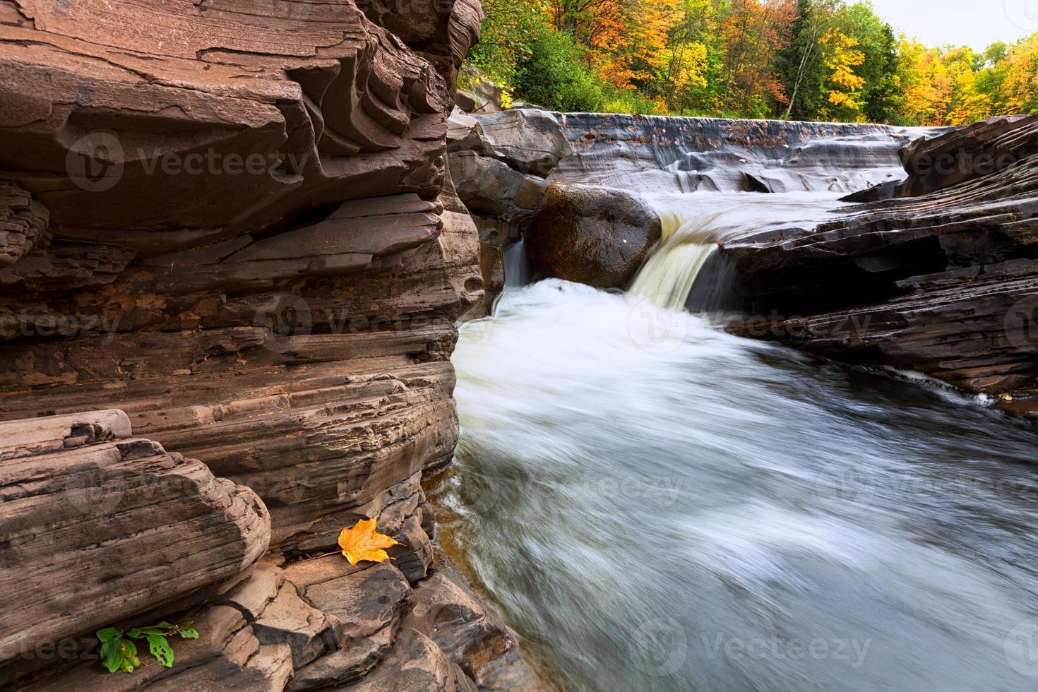 Michigans Bonanza auf der oberen Halbinsel fällt im Herbst foto