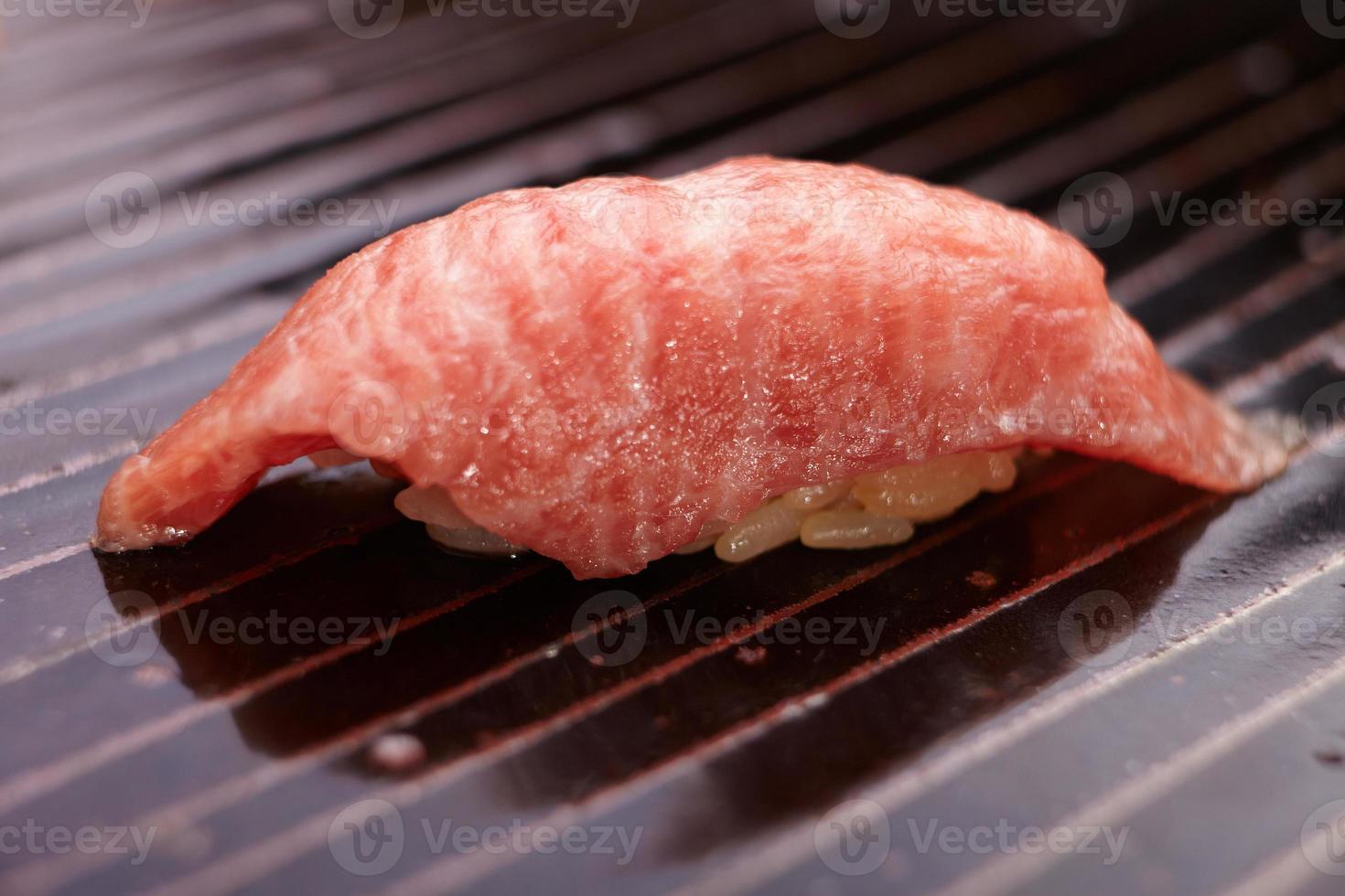 Rindfleisch suchi nigiri foto