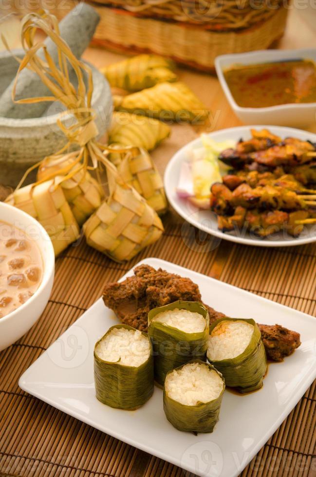 malaiische Hari Raya Lebensmittel Lemang foto