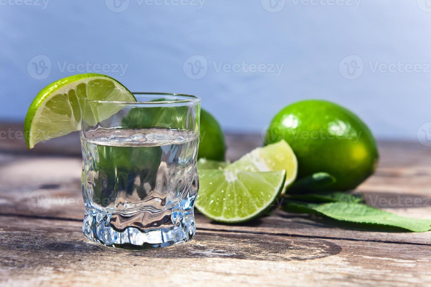 Tequila und Limette foto