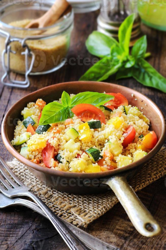 vegetarischer Couscous foto
