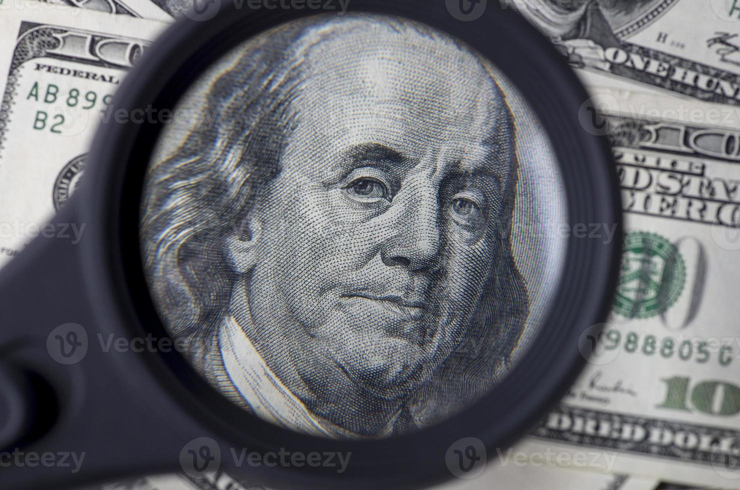 einhundert Dollar Dollar in den Vereinigten Staaten von Amerika foto