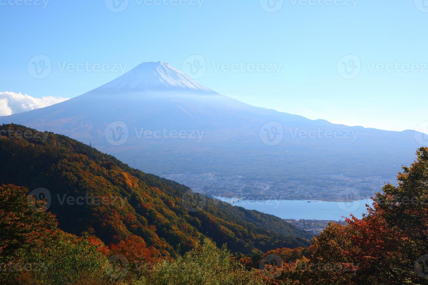mt. Fuji im Herbst foto