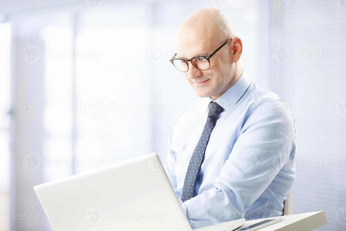 älterer Geschäftsmann foto