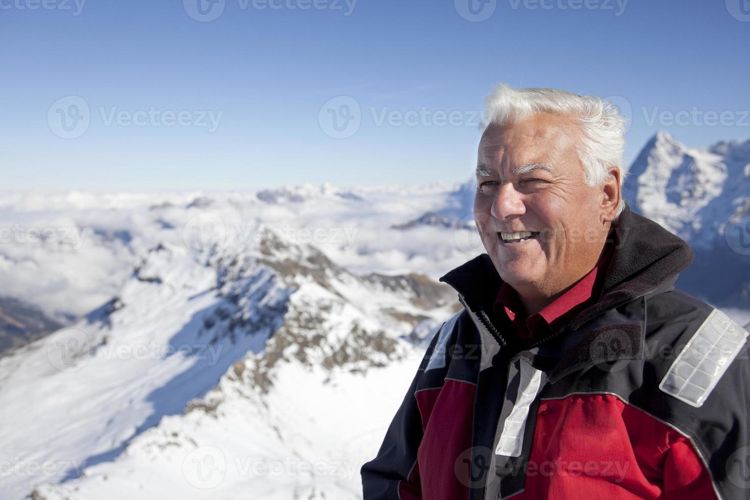 Mann auf den Bergen. foto