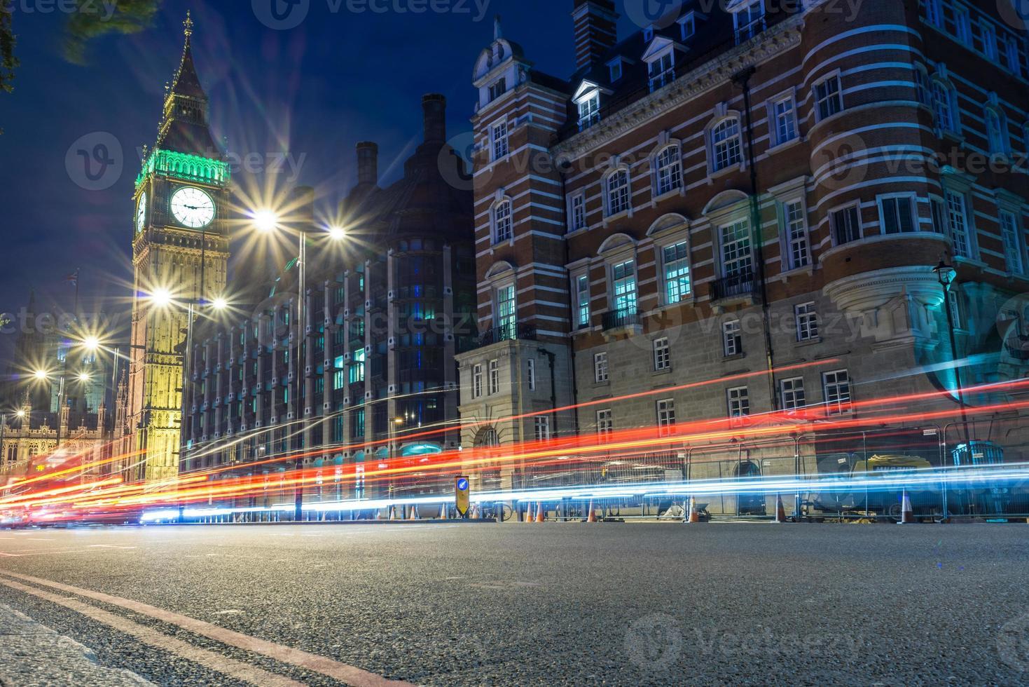 Big Ben in der Nacht, London, Großbritannien foto