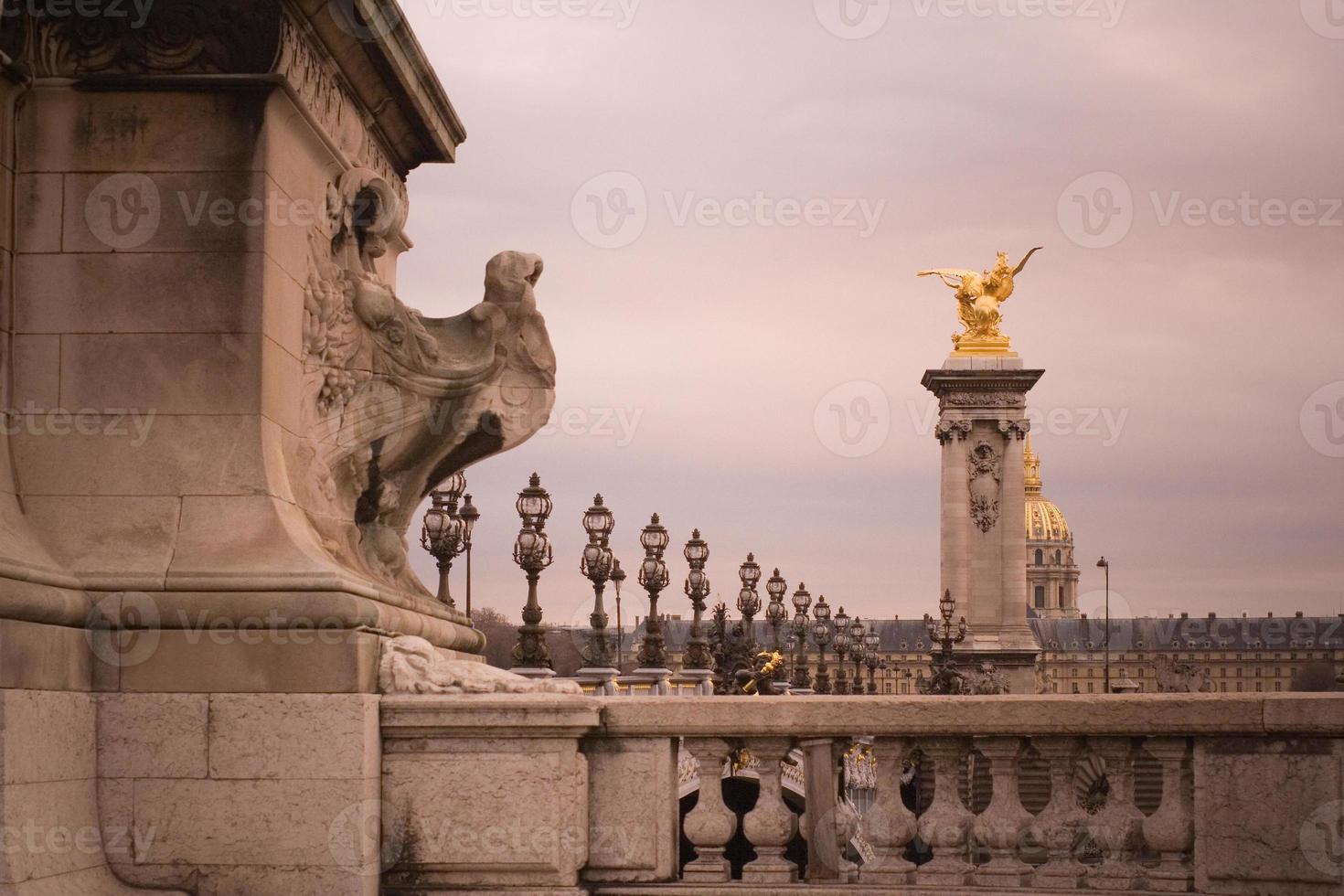 paris - brigde von alexander iii foto