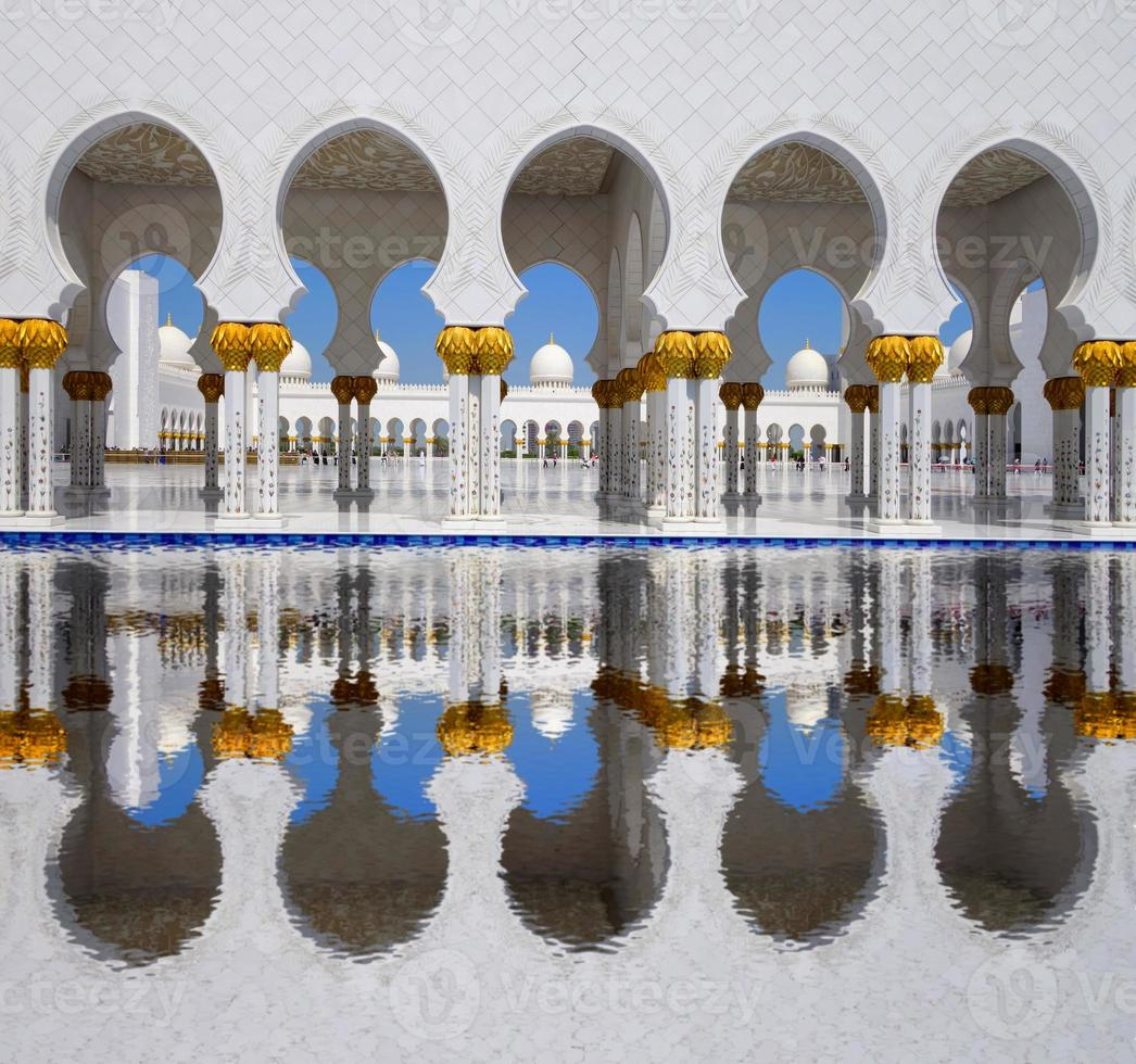 Scheich-Zayed-Moschee in Abu Dhabi, vereinigte arabische Emirate foto