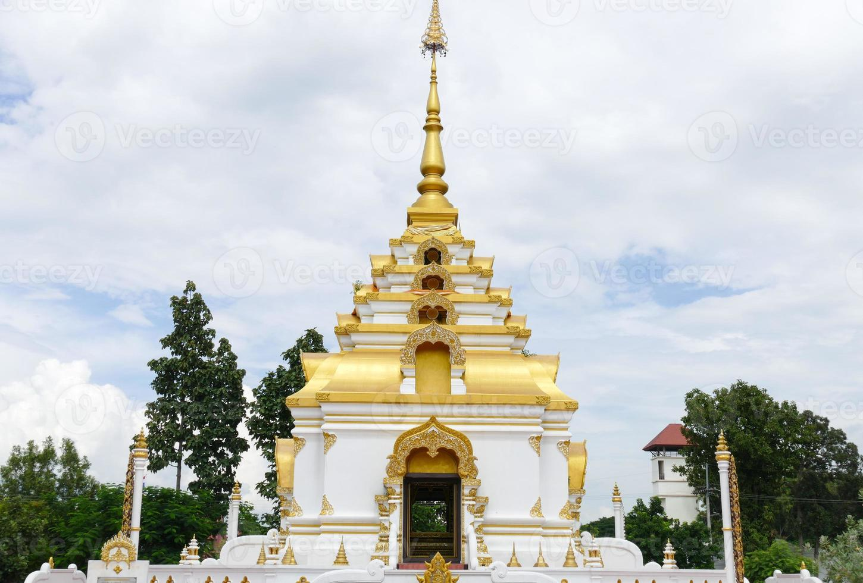 das Design der buddhistischen Pagodenarchitektur foto