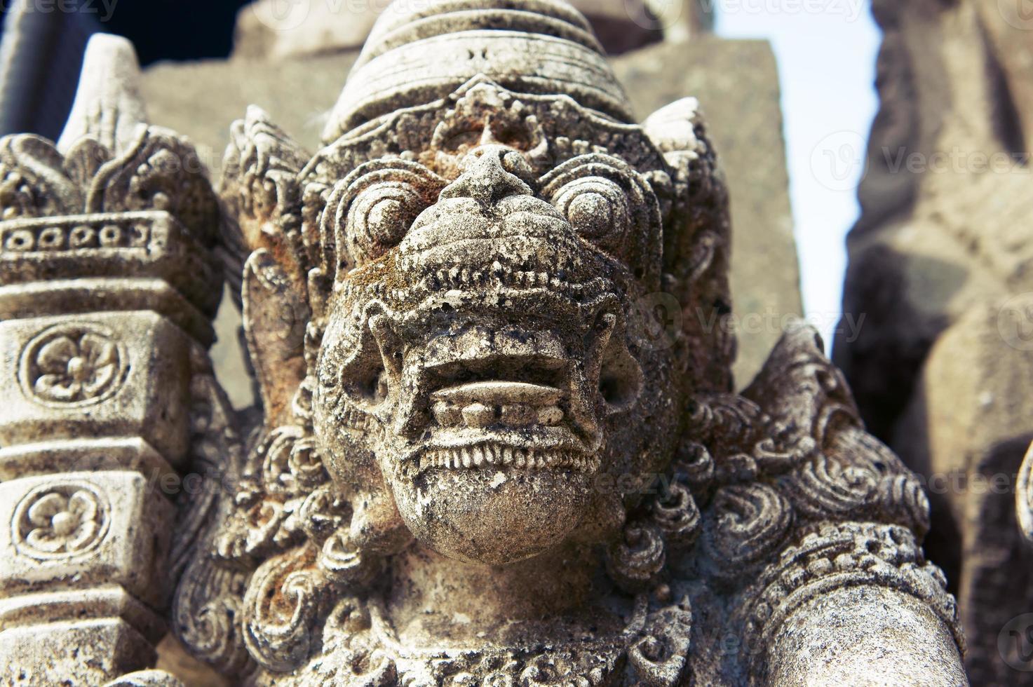 balinesische Gottstatue foto