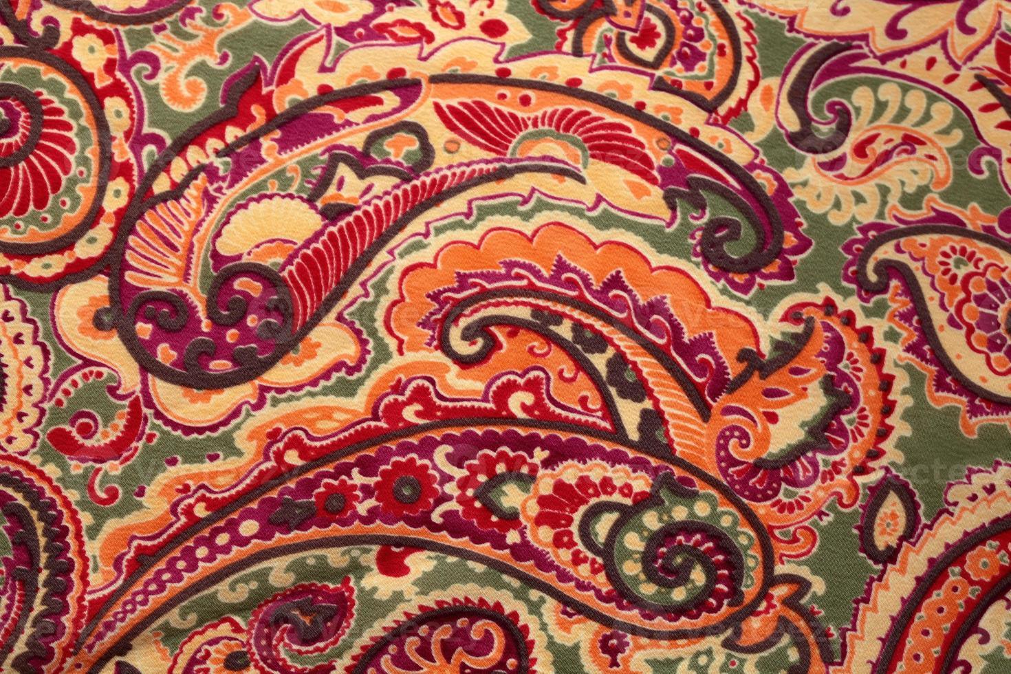 traditioneller Paisley-Muster-Seidenhintergrund foto